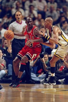 Here's What Happened When Reggie Miller Trash-Talked Michael Jordan - Esquire.com