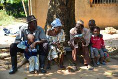 n el contexto del Año Internacional de la Agricultura Familiar 2014 (AIAF), la FAO ha unido sus fuerzas con la Asociación Mundial de Radios Comunitarias (AMARC)para lanzar una campaña de concienciación dirigida a las asociaciones de campesinos y la población rural.