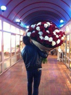 Lol I wonder what he did to make her so mad he had to buy that many roses... hahaha!