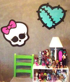 diy monster high room decor   Monster High Doll Wallpaper Art Sricker Mural Handmade Room Wall Decor ...