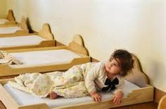 Montessori Nido -Floor Bed promotes independence and respect for individual rhythms.