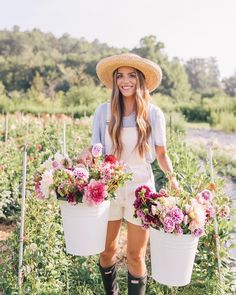 Julia Engel of Gal Meets Glam reflects on her year and shares favorite images fr. Julia Engel of G Cut Flower Garden, Garden Roses, Peonies Garden, Fruit Garden, Flower Farmer, Bouquet, Gal Meets Glam, Beautiful Flowers, Beautiful Farm