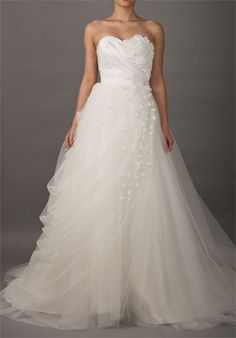 Sweetheart Romantic Wedding Dress with Slanting Flowered Flaps