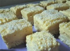 Krispie Treats, Rice Krispies, Cheesecake, Desserts, Food, Meal, Cheesecakes, Deserts, Essen