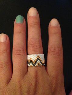 Handmade Chevron Ring by ClaireElizabethB on Etsy Seed Bead Jewelry, Bead Jewellery, Beaded Jewelry, Handmade Rings, Handcrafted Jewelry, Unique Jewelry, Fine Jewelry, Beaded Bracelet Patterns, Jewelry Patterns