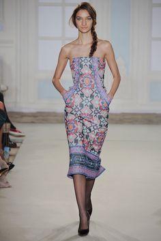 Temperley London Fall 2014 Ready-to-Wear Fashion Show - Anastasija Titko