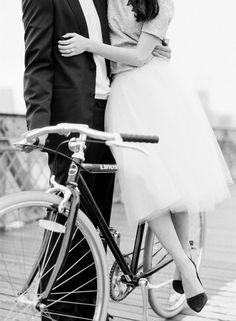 Wie in Europa. Fragments de Rêves: une bicyclette... KT Merry.