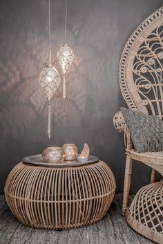 Set up oriental - 50 fabulous living ideas like 1001 nights, Home Accessories, rattan pouf hanging lamps set up oriental. Home Decor Accessories, Decorative Accessories, Sofa Layout, Asian Home Decor, Egyptian Home Decor, Interior Decorating, Interior Design, Ibiza Style Interior, Moroccan Decor