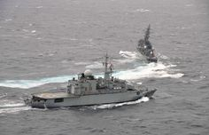 23 October 2015, French Marine nationale surveillance frigate Vendémiaire and Japanese frigate Abukuma participated in a PASSEX, joint training in the East China Sea, which follows the naval review held October 18, 2015 by Japan. The deployment of the French frigate in the Pacific is part of the mission of the presence of the Armed Forces in New Caledonia (FANC) in the Asia-Pacific region. photo Marine Nationale