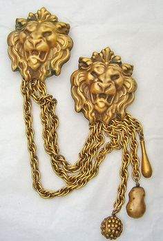 JOSEFF OF HOLLYWOOD LION CAMEO GILT CHATELAINE BROOCH