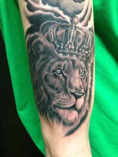 Lion crown kind of the jungle tattoo