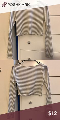 Topshop cropped striped long sleeve Topshop Topshop Tops Crop Tops