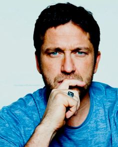 Gerard Butler.....maybe I should've posted this in my recipe box...yum!!
