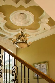Quatrefoil on ceiling. Could do this with flexible molding. Ceiling Detail, Ceiling Design, European House Plans, Ceiling Treatments, Ceiling Medallions, Quatrefoil, Architecture Details, My Dream Home, Exterior Design