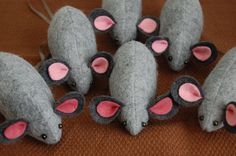Little cute mice! Fill them with catnip for the perfect cat toy!