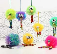 DIY Easter Decorations made from Pom-Poms