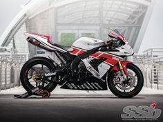 2004 Yamaha R1 | Priceless