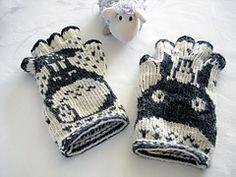 Ravelry: lacesockslupins' 1st of 11 FG's, Totoro Fingerless Gloves, 'Swedish' Twined