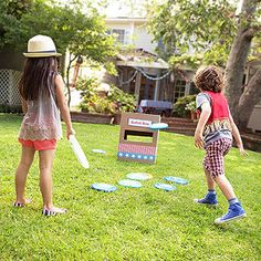 Celebrate July 4th with this collection of great games, decorations, crafts, recipes, and more -- all perfect for an Independence Day party!