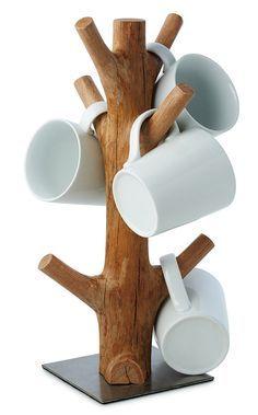 Tronco de canecas – Bem Legaus http://www.vivaterra.com/yosemite-mug-rack.html