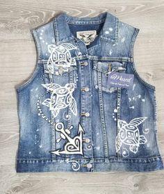 Remused denim vest w Mehndi Whale design Denim Vests, Denim Jackets, Jean Jackets, Bleached Jeans, Denim Art, Painted Jeans, Denim Ideas, Diy Sweatshirt, Altered Couture