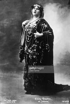 Opera singer Emmy Destinn as Salome News Photo | Getty Images
