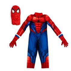 Tu pequeño superhéroe estará listo para columpiarse por la ciudad con este increíble disfraz de Spider-Man. El traje, de una sola pieza, viene con unos guantes que incluyen una espectacular función de lanzamiento de telarañas.