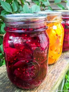 Used more sugar and a whole clove and allspice berry in each jar. These pickled beets are the best. Not too sweet, just right. Make them with golden or red beets. A small batch is easy to make and such a treat in the middle of winter. Beet Recipes, Canning Recipes, Canning Tips, Smoothie Recipes, Healthy Recipes, Canned Pickled Beets, Best Pickled Beets Recipe, Pickled Beet Recipe Without Sugar, Pickled Onions