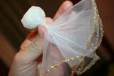 Since Chistmas is near, I thought I would share another holiday craft idea. This one is Tulle Angels: You will need tulle circles extra . Christmas Projects, Kids Christmas, Holiday Crafts, Party Crafts, Shabby Chic Christmas Ornaments, Christmas Angel Ornaments, Diy Angels, Handmade Angels, Tulle Crafts