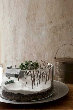 Maple-Sugar Shack/Winter Scene Terrarium