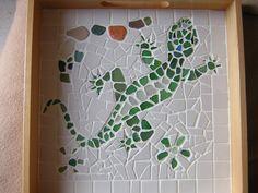mosaic de verres polis d'une plage corse et emaux de briare