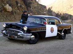 Kuvahaun tulos haulle pictures of highway patrol cars Gta, Vintage Cars, Antique Cars, Vintage Auto, Old Police Cars, Automobile, Emergency Vehicles, Police Vehicles, California Highway Patrol