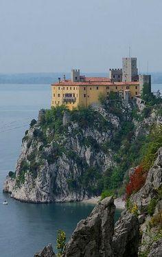 Castello di Duino - provincia di Trieste, Friuli-Venezia Giulia, Italy. 45°46′29″N 13°36′22″E
