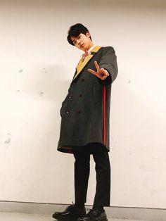 Jin being Jin Seokjin, Kim Namjoon, Kim Taehyung, Jimin, Bts Bangtan Boy, Foto Bts, Jung Hoseok, Kpop, Jin Kim