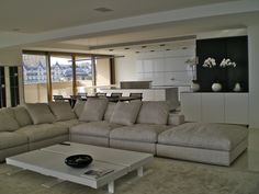 Flexform Groundpiece and bulthaup b3 in Montecarlo