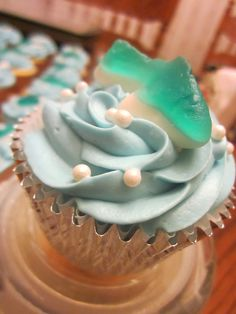 Cupcakes for the Swim Team