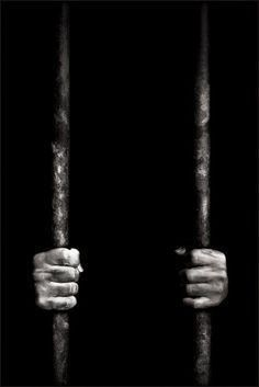 This is a picture of someone behind bars. Monster went through living in prison for years, doing time for murders. This relates to the book because once monster went to prison he knew he had to change himself. Dark Photography, Black And White Photography, Film Noir Fotografie, Behind Bars, Black White Photos, Dark Art, Cool Photos, Cool Stuff, Pictures