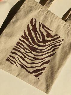 Diy Tote Bag, Cute Tote Bags, Printed Tote Bags, Canvas Tote Bags, Drawing Bag, Shopper Bag, Zebra Print, Custom Clothes, Hand Painted