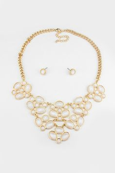 May Necklace in Ivory Shimmer