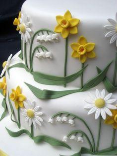 Daffodil Birthday Cake Detail