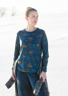 """""""Isört"""" top in lyocell/elastane – Velour in Freiburg – GUDRUN SJÖDÉN – Webshop, mail order and boutiques   Colourful clothes and home textiles in natural materials."""