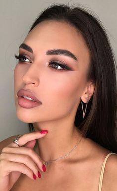 Eid Makeup, Ball Makeup, Wedding Eye Makeup, Glowy Makeup, Prom Makeup, Girls Makeup, Evening Wedding Makeup, Creative Eye Makeup, Simple Makeup