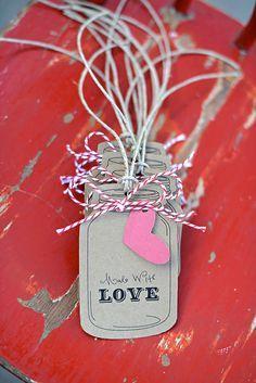 Would be so cute to tweak this mason jar tag idea for Christmas tags. Mason Jar Gifts, Mason Jar Tags, Love Tag, Handmade Gift Tags, Tag Art, Jar Crafts, Gift Bags, Scrapbook Cards, Paper Tags