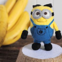 """Make needle felted Minions with step by step instructions and photos. It is about 4"""" high but you can always make it into other sizes."""