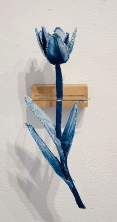Tasha Lewis Creates Sculptures Using Camera-less Photography Sun Prints, Rhapsody In Blue, Robert Rauschenberg, Cyanotype, Delft, Botanical Illustration, Textile Art, Sculpture Art, Fiber Art
