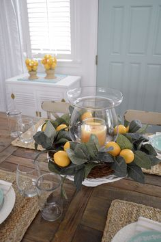 Simple Summer Decorating Home Tour - Fresh, Affordable, Easy Ideas to Add Summer Decor To Your Home On A Real Life Budget! Spring Kitchen Decor, Lemon Kitchen Decor, Lemon Centerpieces, Lemon Centerpiece Wedding, Cottage Dining Rooms, Spring Home, French Country Decorating, Farmhouse Decor, Room Decor