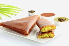 Masala Dosa is a famous recipe not only in India but abroad too. Masala Dosa is on the menu list of many South Indian Veg restaurants A masala dosa is made by stuffing a dosa with lightly cooked potatoes, onions, green chilli and spices. Quick Lunch Recipes, Delicious Dinner Recipes, Breakfast Recipes, Healthy Recipes, Veg Recipes, Eat Healthy, Easy Recipes, Chicken Recipes, Healthy Family Meals