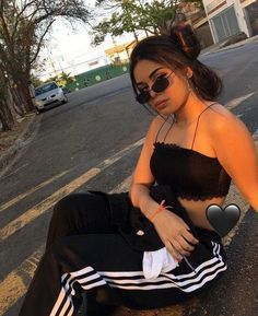 Baby Clothes Girl Nike 35 Ideas For 2019 Mode Instagram, Instagram Pose, Tumblr Photography, Photography Poses, Fashion Photography, Mode Outfits, Girl Outfits, Fashion Outfits, Fotografie Hacks