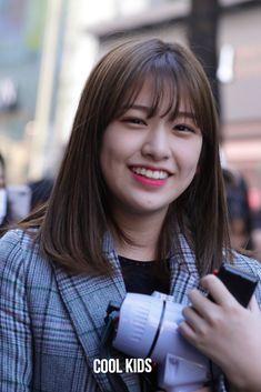 Yuri, Korean Short Hair, Tomboy Hairstyles, Japanese Girl Group, Famous Girls, Sexy Asian Girls, Cut And Color, Hair Inspiration, Hair Inspo