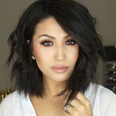 Choppy Long Bob for Brunettes/makeup